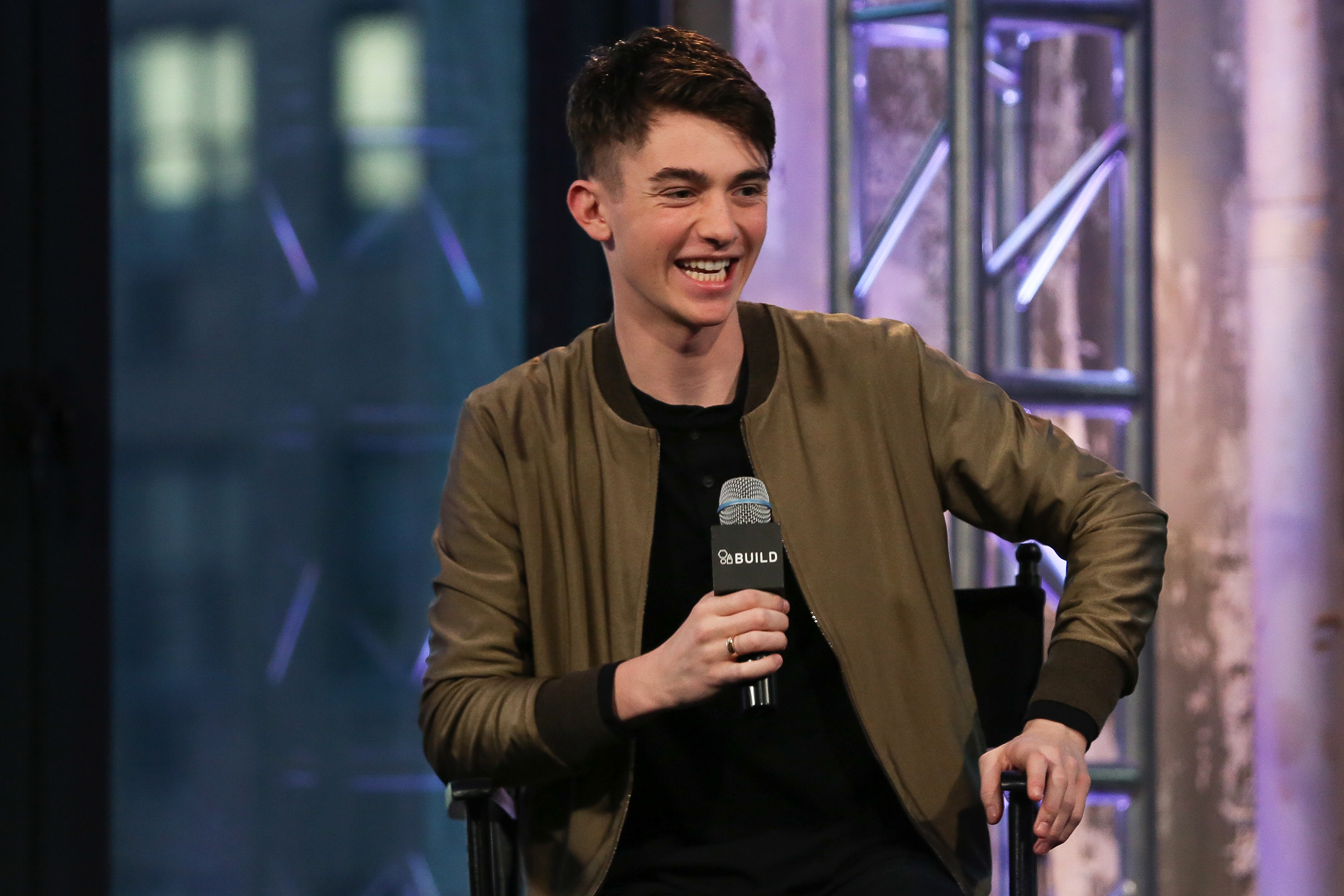 greyson chance waiting outside the lines