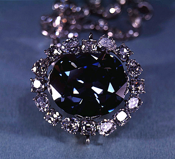 2016-02-15-1455530032-2051145-The_Hope_Diamond__SIA.jpg