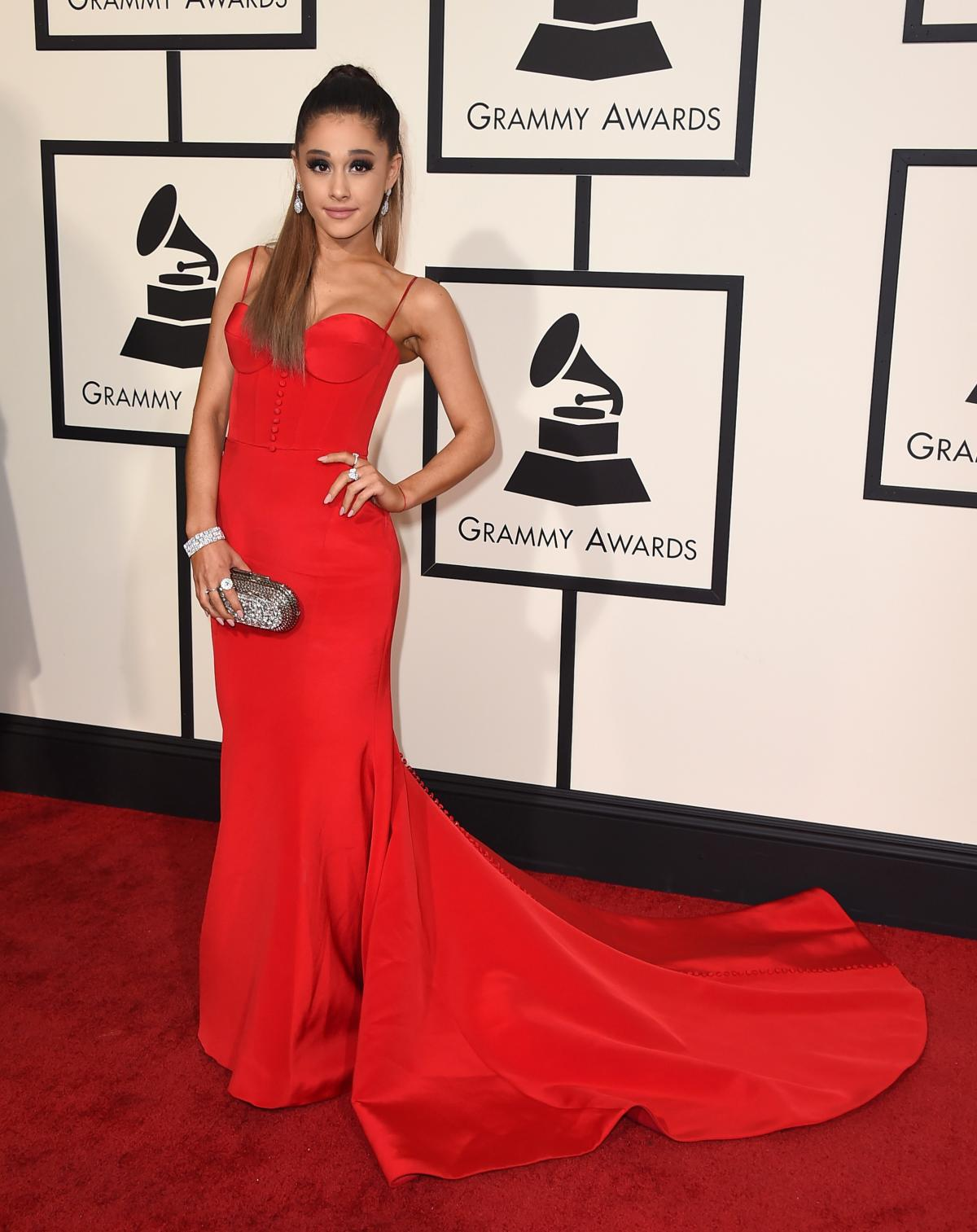 grammy awards 2016 my favorite top 15 red carpet dresses huffpost. Black Bedroom Furniture Sets. Home Design Ideas