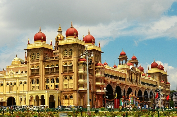 2016-02-16-1455615152-3629770-Mysore_Palace_India_photo__Jim_Ankan_Deka.jpg