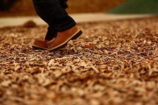 2016-02-16-1455632189-8173816-Boy_Boots_In_Playground_Woodchips_free_Creative_Commons_44025769881.jpg