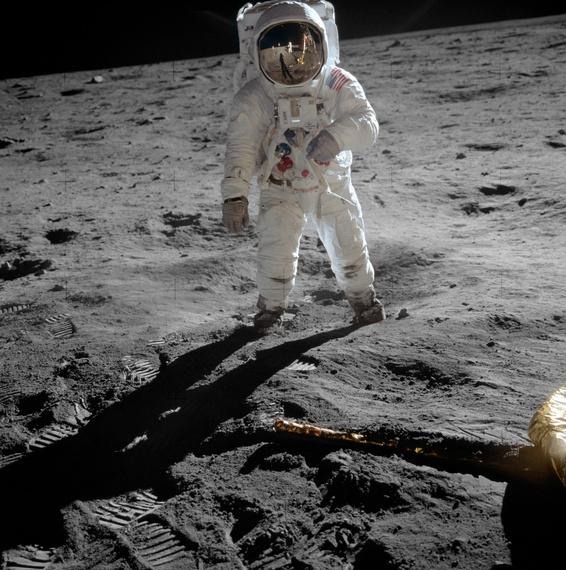 2016-02-21-1456077694-2875811-Aldrin_Apollo_11_original.jpg