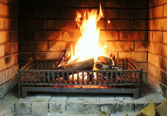 2016-02-22-1456141761-4971684-rsz_fireplace535281_640.jpg