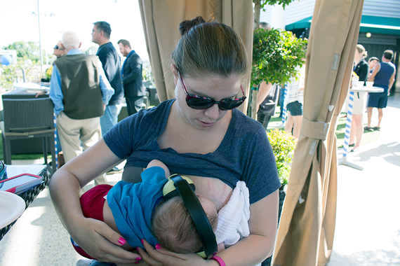 2016-02-25-1456361102-4810526-Breastfeeding1.png