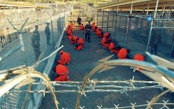 2016-02-27-1456582104-750917-Guantanamo_captives_in_January_2002.jpg