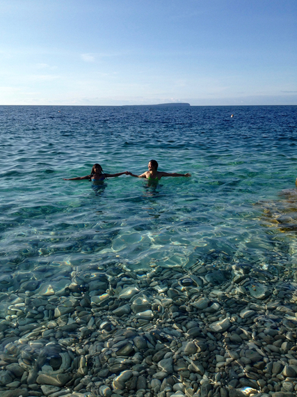 2016-03-01-1456841169-9180536-enjoying_the_beautiful_waters_in_tobermory.jpg