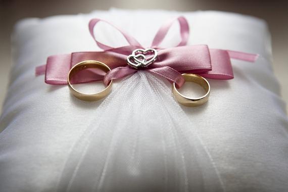 2016-03-02-1456948904-117554-weddingrings.jpg