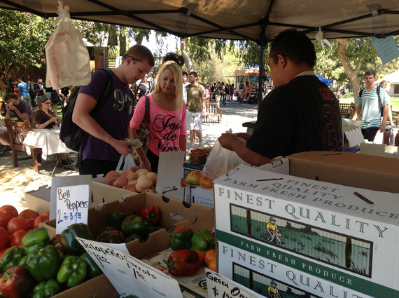 2016-03-04-1457113223-4281731-20121003_campus_farmers_market.jpg