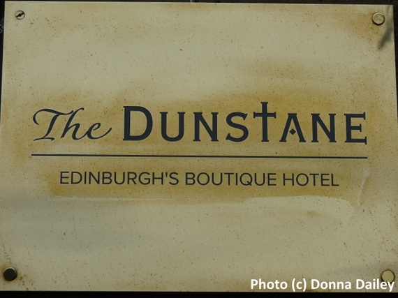 2016-03-06-1457267263-1222197-Dunstane_Boutique_Hotel_Edinburgh_sign.jpg