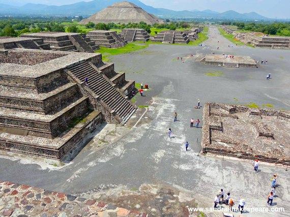 2016-03-07-1457347689-3023511-MexicoTeotihuacanC.jpg