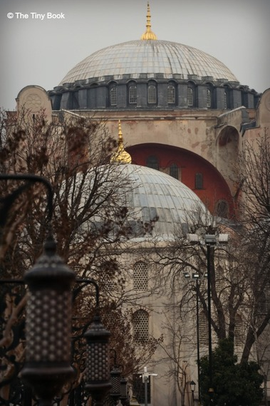 2016-03-07-1457371984-7246047-The_Holy_Soul_of_Istanbul11.jpg