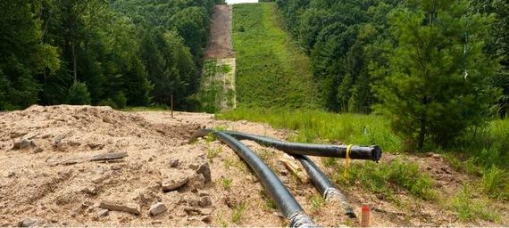 2016-03-08-1457396815-3773004-fractracpipeline.jpg