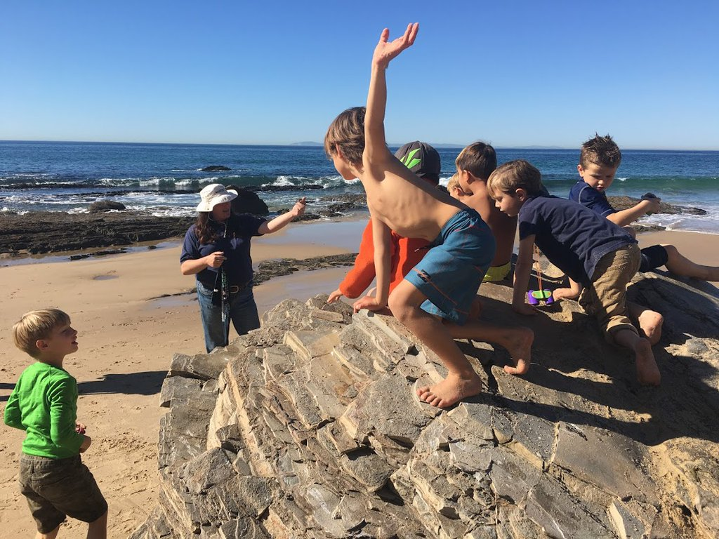 Best Ways To Make Family Travel Meaningful Huffpost Life