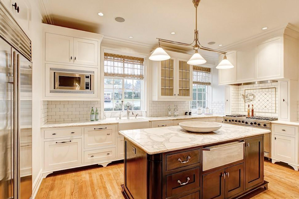 7 easy ways to budget kitchen and bathroom remodeling for Photos of remodeled kitchens