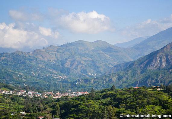 2016-03-11-1457719427-3245241-HPMorningviewofVilcabambafromsurroundinghillsEcuador.jpg