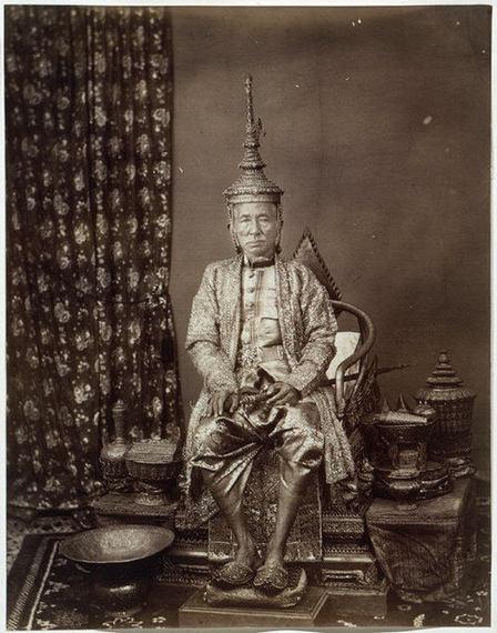 2016-03-16-1458160559-2366643-King_Mongkut_on_his_Throne.jpg