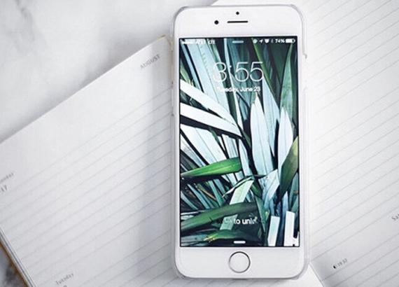 2016-03-18-1458340254-8678713-neverlatephone.jpg