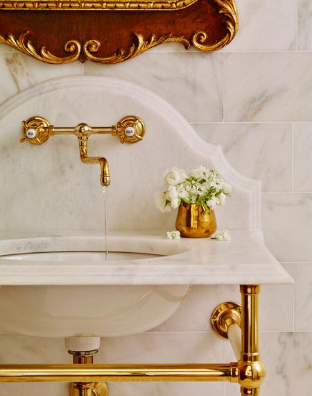 2016-03-21-1458570082-3581206-bathroomgold.jpg