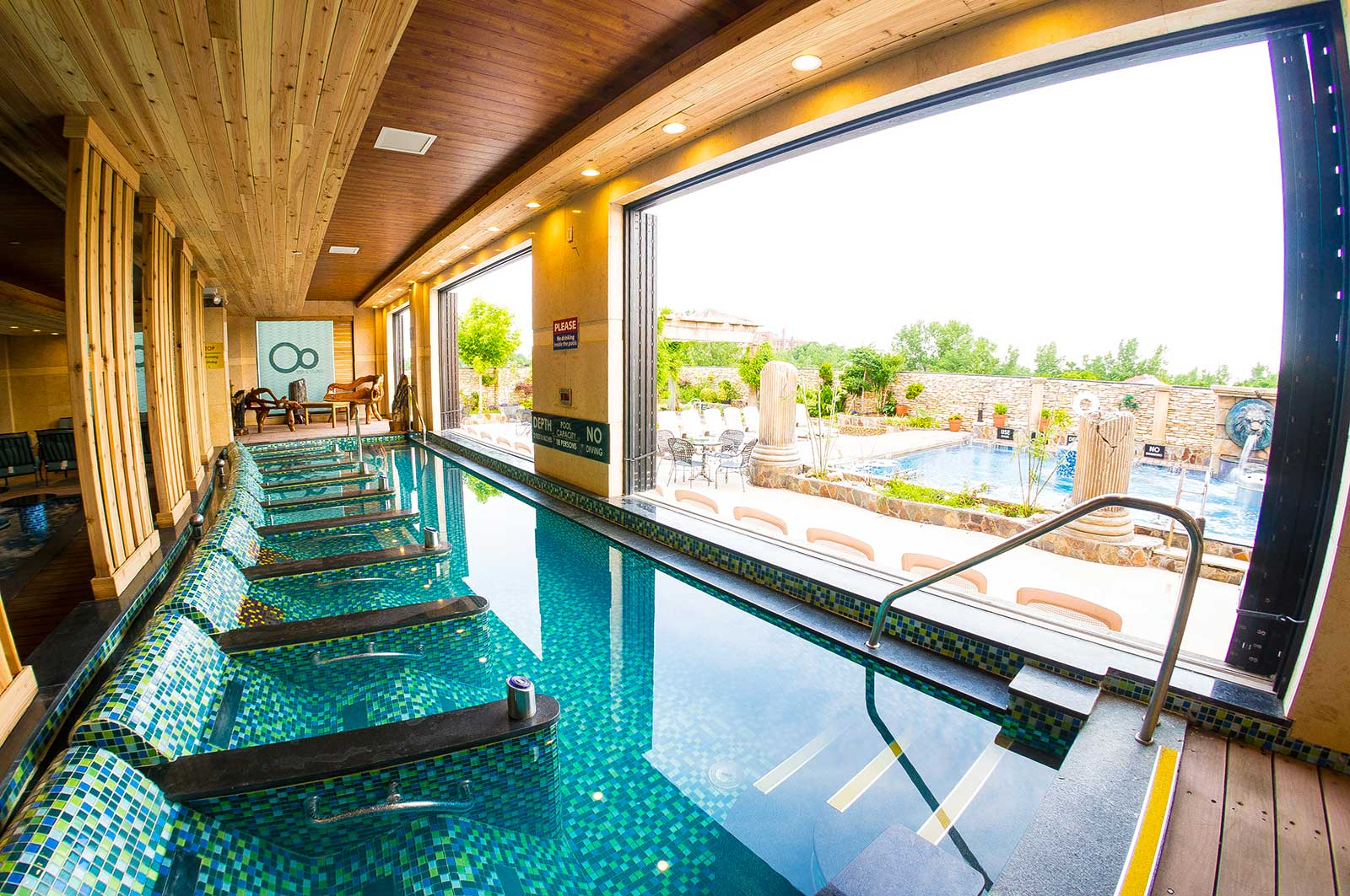 Dallas Day Spa With Pool
