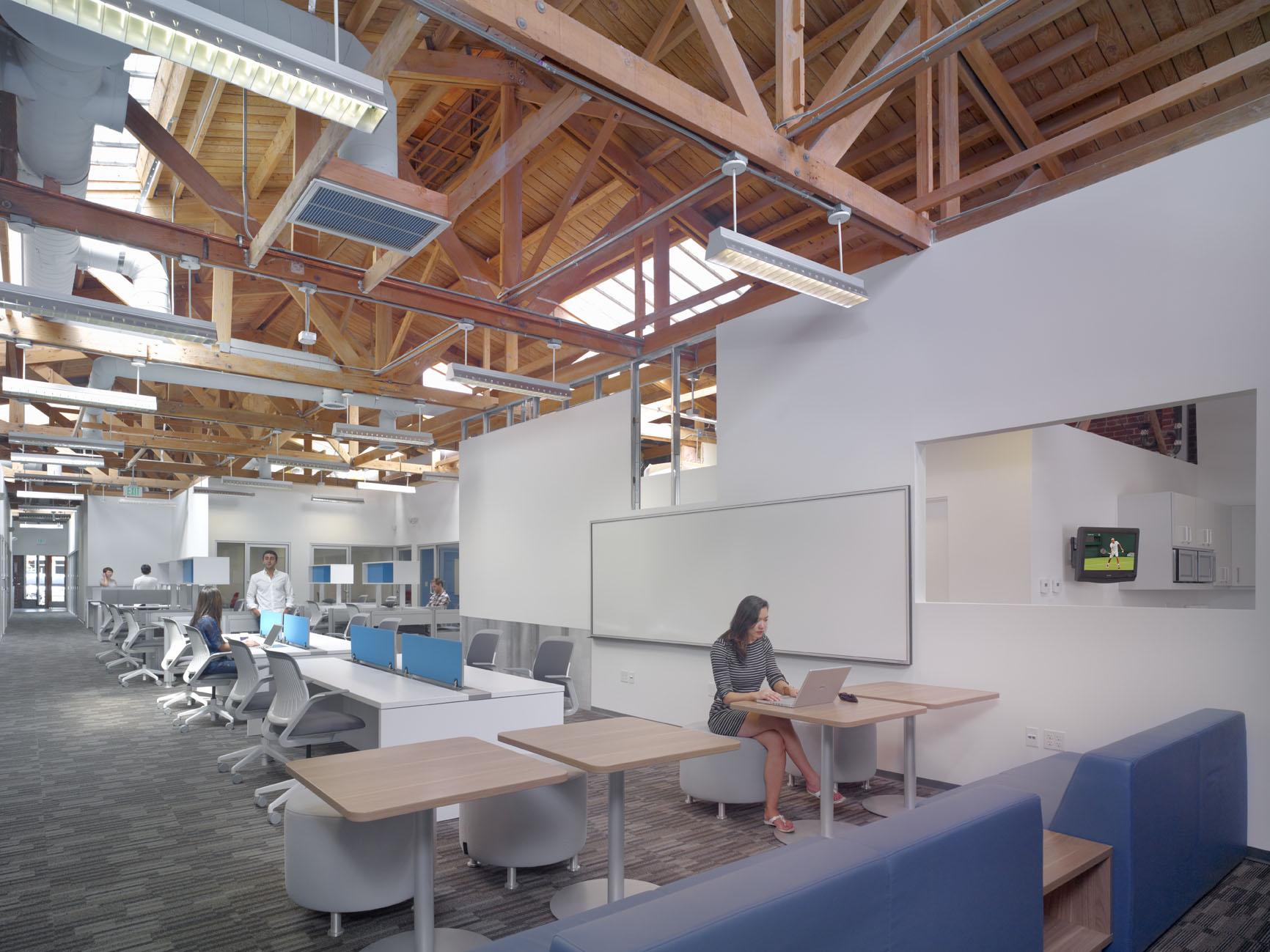 dear furniture industry, love coworking | huffpost