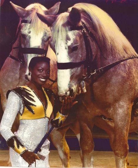 2016-03-22-1458690688-5951259-BERNICECOLLINS_Horses1.jpg