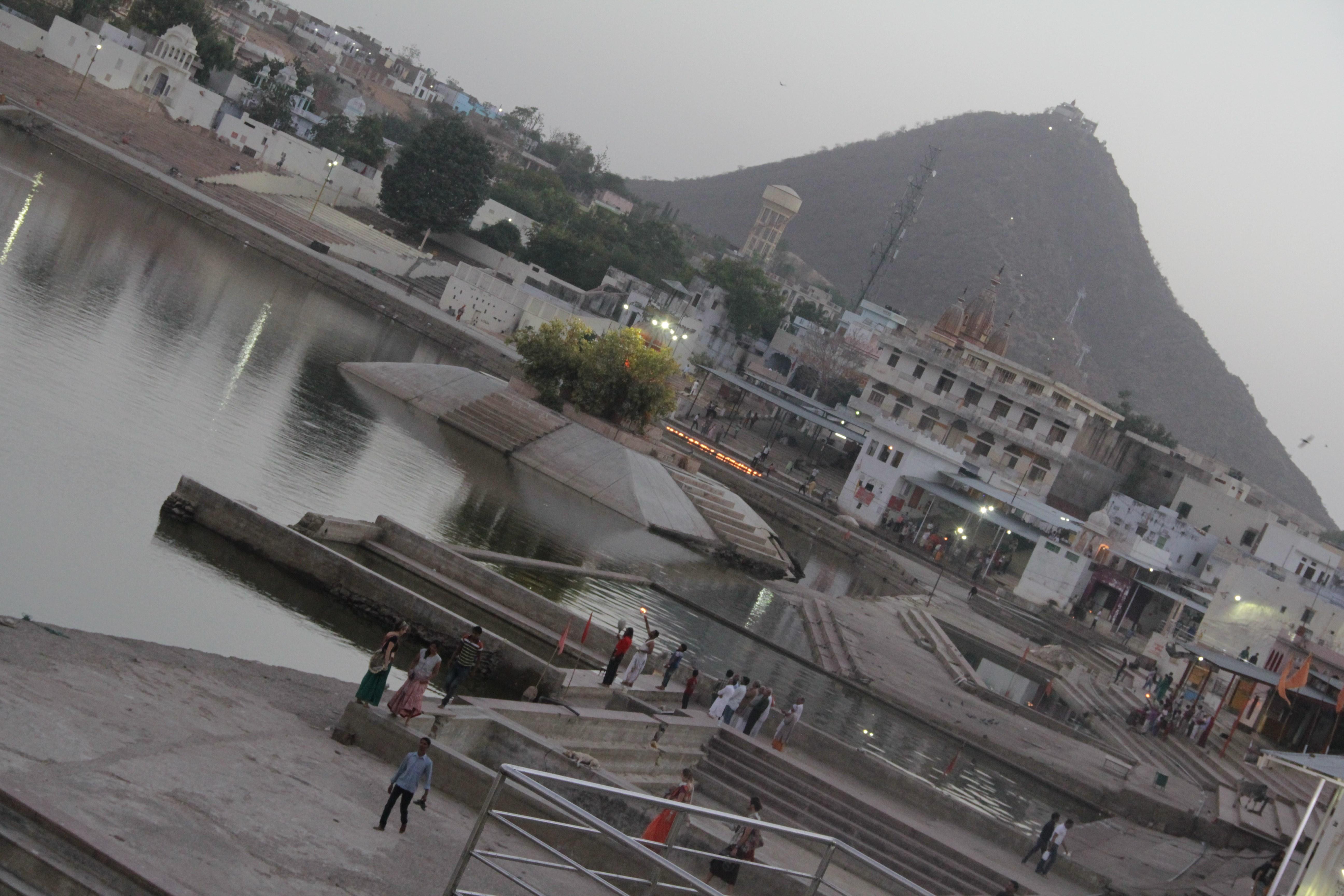 2016-03-24-1458833813-6309770-Pushkar2.jpg