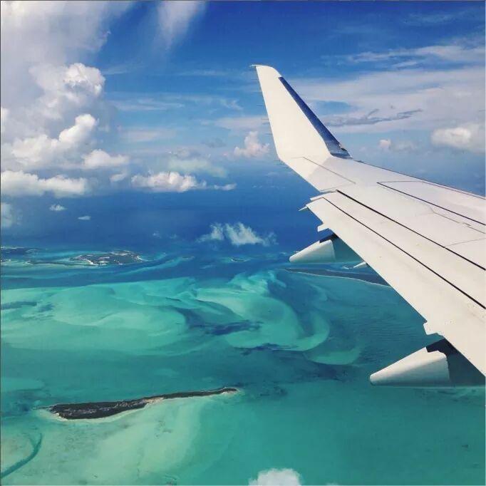 15 Ways to Entertain Kids on a Plane