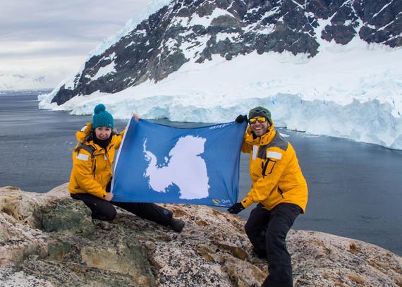 2016-03-29-1459247630-9039232-MikeAnneHoward_AntarcticaLanding.jpg