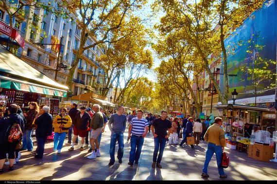Cosmopolitan living in barcelona spain huffpost for Hotel sulla rambla a barcellona
