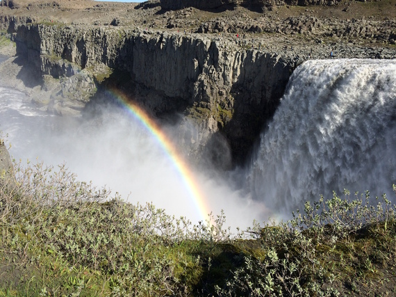 2016-03-30-1459301009-344605-waterfall_upsidedown.jpeg