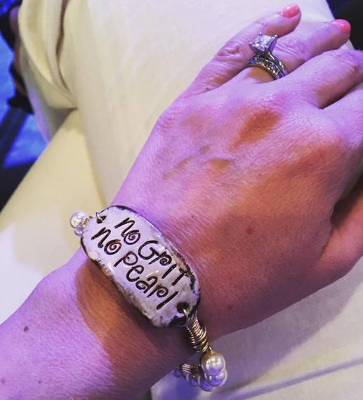 2016-04-01-1459528078-2468126-braceletpic.jpg