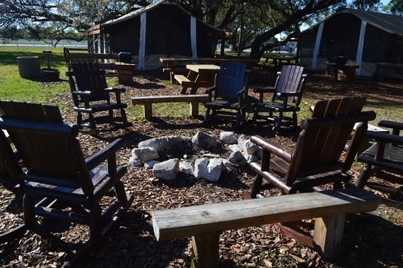 2016-04-01-1459554885-4995905-campfire.jpg