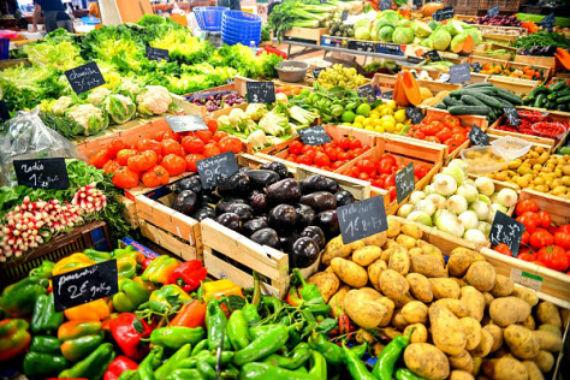 2016-04-04-1459789135-3852944-vegetablesfrenchmarketfood.jpg