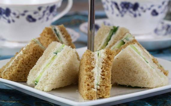 2016-04-06-1459943722-8367788-Cucumber_Sandwiches_Recipe_With_Mayo_Cream_Cheese_thumbnail_1280x800.jpg