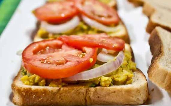 2016-04-06-1459943786-9774413-Grilled_Spicy_Potato_Sandwich_thumbnail_1280x800.jpg