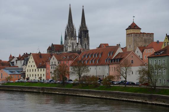2016-04-07-1460038675-6582500-RegensburgAltstadt.jpg