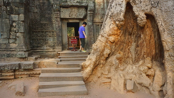 2016-04-11-1460378305-2879581-Angkor03878.JPG