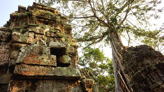 2016-04-11-1460378545-543045-Angkor03908.JPG