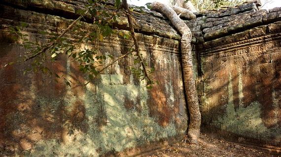 2016-04-11-1460378640-1454877-Angkor03923.JPG
