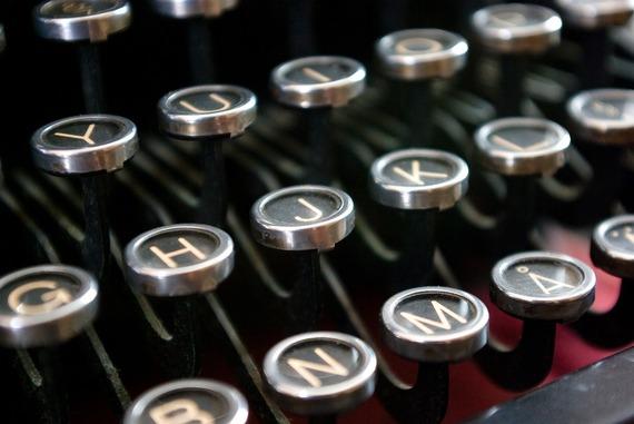 2016-04-11-1460409758-7536774-typewriter2.jpg