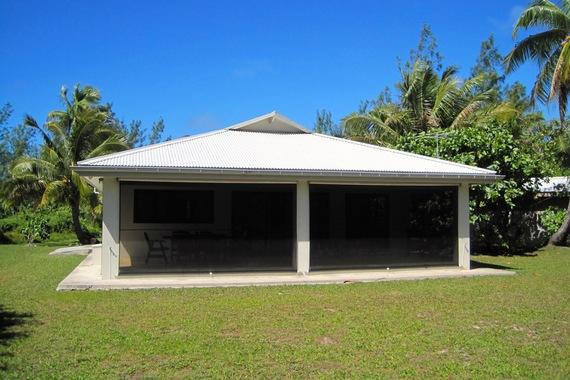 2016-04-12-1460471856-3852508-AitutakiHouse.jpg