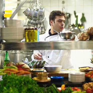 2016-04-13-1460557367-1831004-chef.jpg