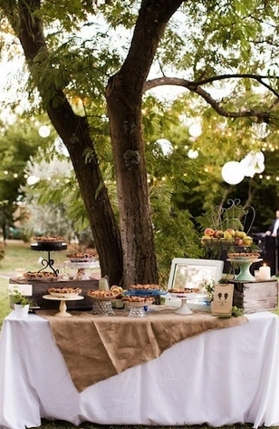 2016-04-13-1460578398-5357166-DIY_outdoor_desserts.jpg