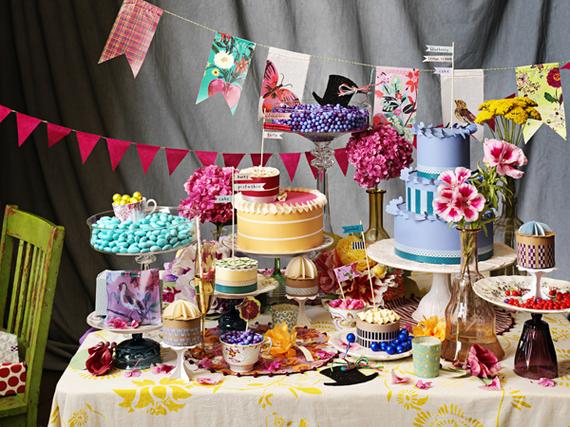 2016-04-13-1460578866-6325256-DIY_festive_party.jpg