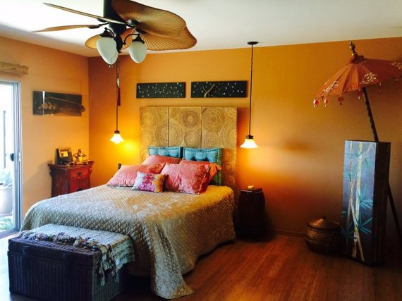 Turn a bedroom into the ultimate sleeping room huffpost for Sleeping room design