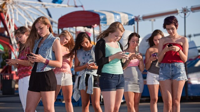 social media and young adolescents Patricia greenfield, a ucla developmental psychologist, has seen a decline in intimate friendships between young people as a result of their use of social media.