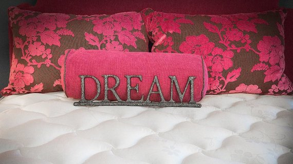 Find The Best Mattress For A Good Night S Sleep Huffpost