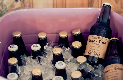 2016-04-15-1460745316-9032942-customize_beer_bottles_wedding_favors.jpg