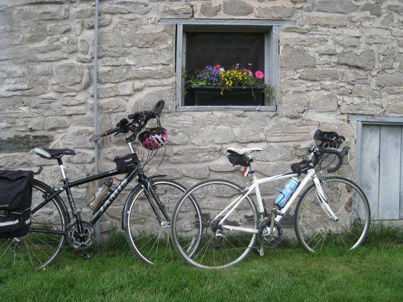 2016-04-15-1460749980-165986-Canadacycleprince.jpg