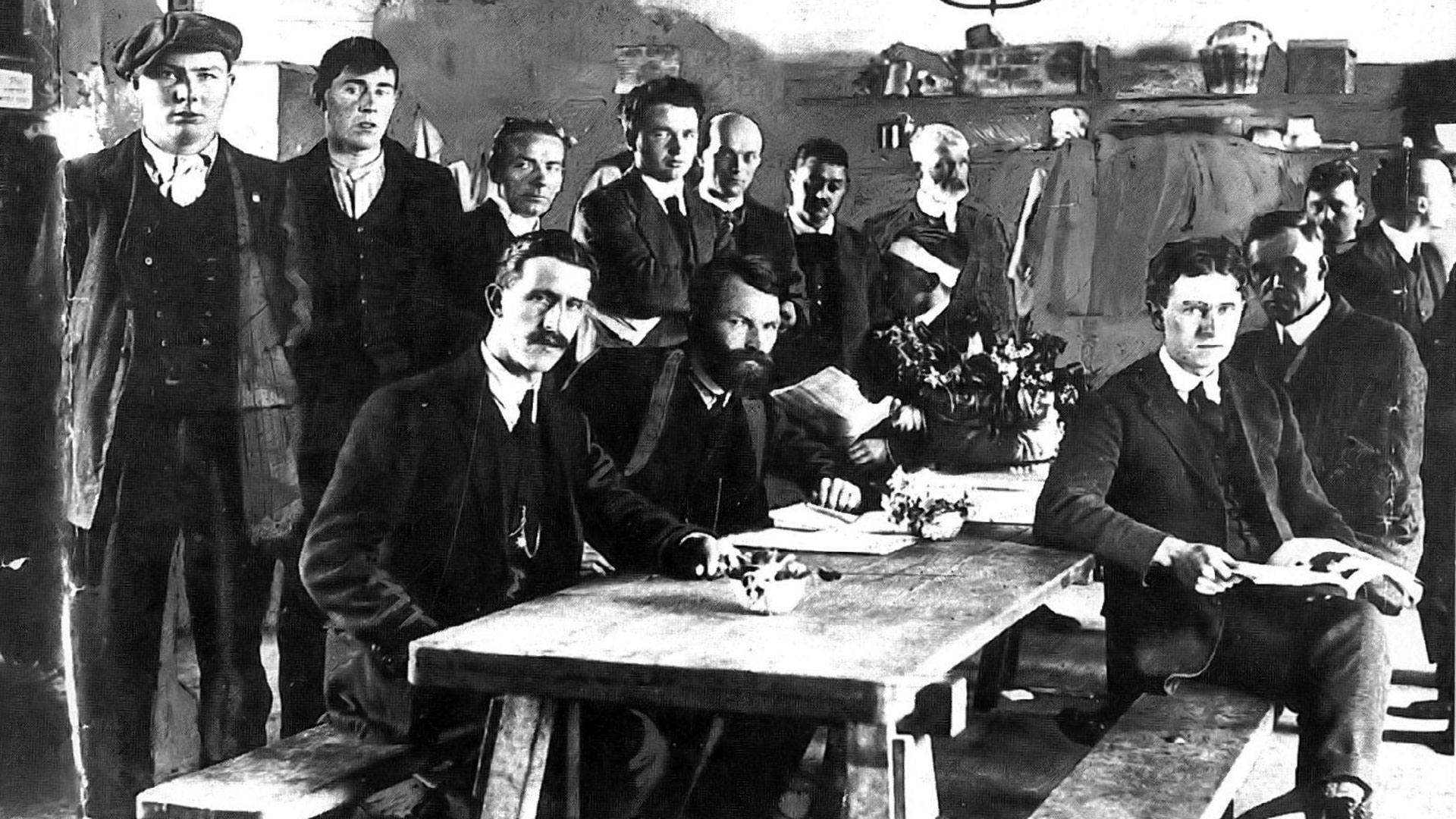 1916 rising The 1916 rising or the easter rising was an armed insurrection that took place in dublin, galway, wexford, and meath but it happened mainly in dublin.
